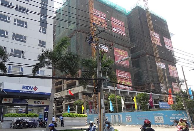 Chính thức cất nóc dự án The Southern Dragon quận Tân Phú