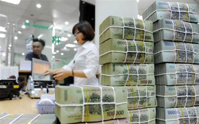Trước nguồn tiền lớn: Cửa mở cho ngân hàng cổ phần?