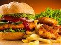Thức ăn nhanh quốc tế dần chiếm lĩnh Việt Nam