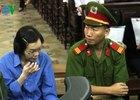 """[Sáng 19/12] Bị cáo Huyền Như thừa nhận """"gian dối với các đồng nghiệp"""""""