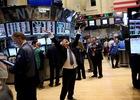 Chứng khoán Mỹ tăng vọt nhờ ECB và Apple