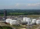 Trao giấy chứng nhận nâng cấp, mở rộng lọc dầu Dung Quất