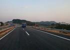 Đã xử lý xong vết nứt trên đường cao tốc Nội Bài - Lào Cai