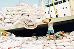 Trung Quốc giở chiêu dìm giá gạo