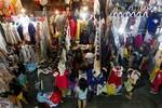 Đủ chiêu gian lận đội lốt 'hàng Việt Nam xuất khẩu'