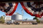 Giá dầu tăng mạnh nhất trong hơn 6 năm