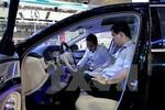 """Nếu áp thuế tiêu thụ đặc biệt mới: """"Giá ôtô do cung, cầu quyết định"""""""