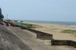 Quảng Bình tạm thời cấm du khách tắm biển