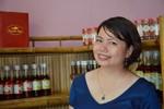 'Hằng mắm ruốc': Thủ khoa bỏ học bổng tiến sĩ nước ngoài, về quê làm mắm