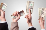 Có nên cho nhân viên biết lương của nhau?