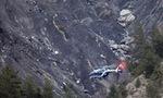"""Germanwings 4U9525: Một phi công """"bị nhốt ngoài buồng lái"""""""
