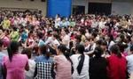 Phú Thọ: Phát hiện thịt có dòi, hàng nghìn công nhân Now Vina đình công