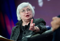 Fed để ngỏ cánh cửa nâng lãi suất vào tháng 9