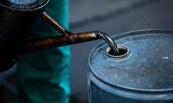 Giá dầu thô lao dốc cuối 2014 đầu 2015
