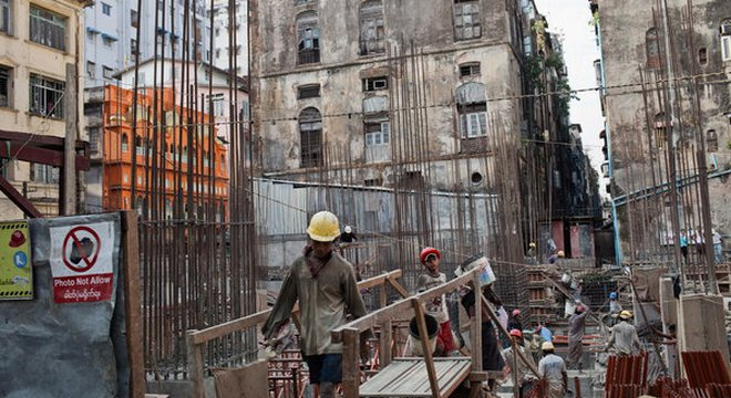 """Đầu tư vào Myanmar: """"Trái ngọt"""" hay """"quả đắng""""?"""