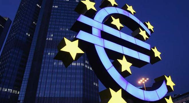 dong-euro-da-duoc-cuu-nhu-the-nao-