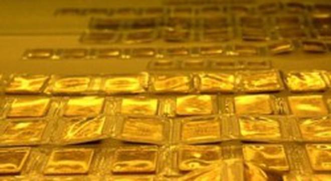 Giảm hơn 600 nghìn đồng/lượng, giá vàng lao dốc xuống 44,7 triệu đồng/lượng