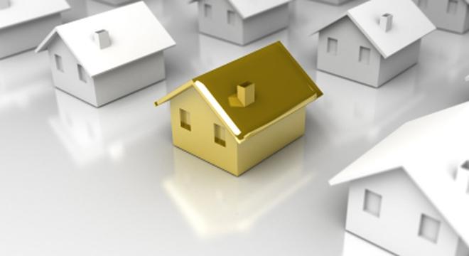 Lúc này nên bỏ tiền vào vàng hay bất động sản?