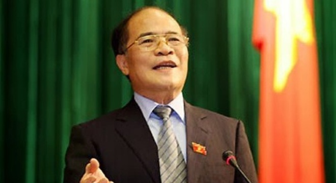 Chủ tịch Quốc hội Nguyễn Sinh Hùng nhấn mạnh, quyết chủ trương đầu tư là cơ quan dân cử, quyết dự án là thủ trưởng cơ quan hành pháp.