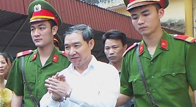 Nhiều mâu thuẫn vẫn chờ được lý giải trước ngày tuyên án Dương Chí Dũng