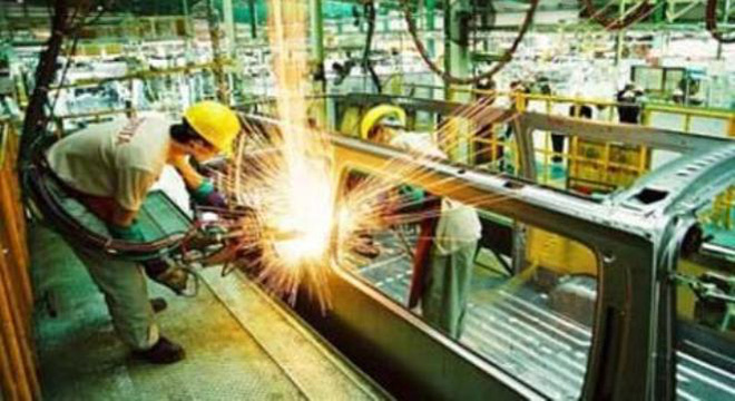 Việt Nam yếu vì nền kinh tế gia công toàn diện!