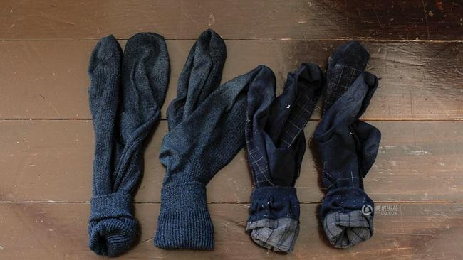 Không chỉ đồ đạc trong nhà, mà ngay đến quần áo hay vật dụng hàng ngày của những người theo chủ nghĩa tối giản cũng ít ỏi tới mức đáng thương.