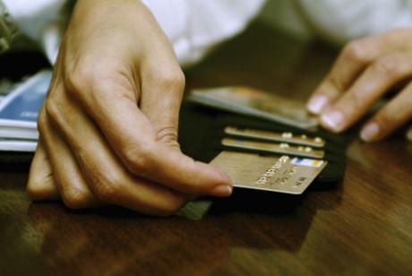 Vì sao người tiêu dùng thờ ơ với điểm tín dụng cá nhân?