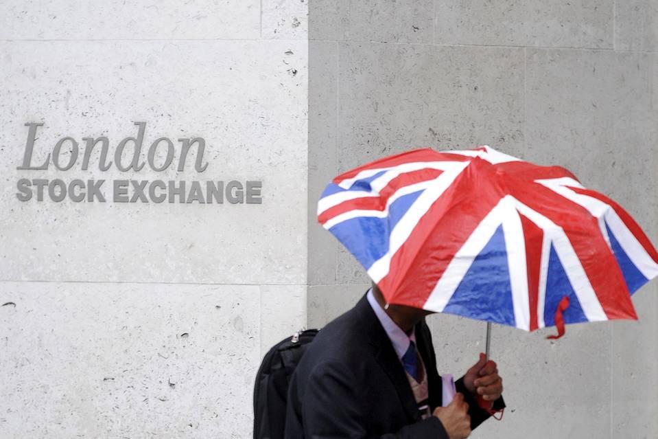 Brexit: Cơ hội thừa nước đục thả câu béo bở cho nhà đầu tư