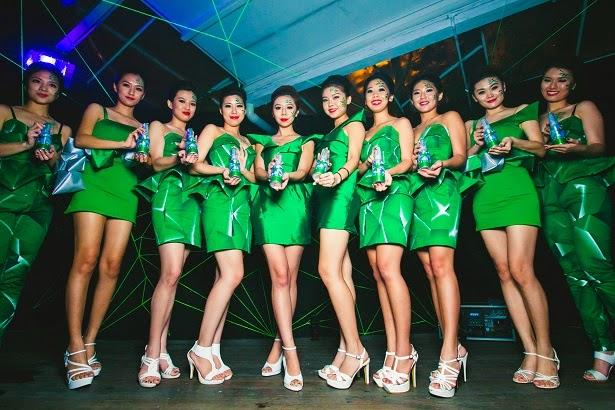 """Công ty chuyên cung cấp """"chân dài"""" cho Heineken được chào bán giá 30.000 đồng/cp"""