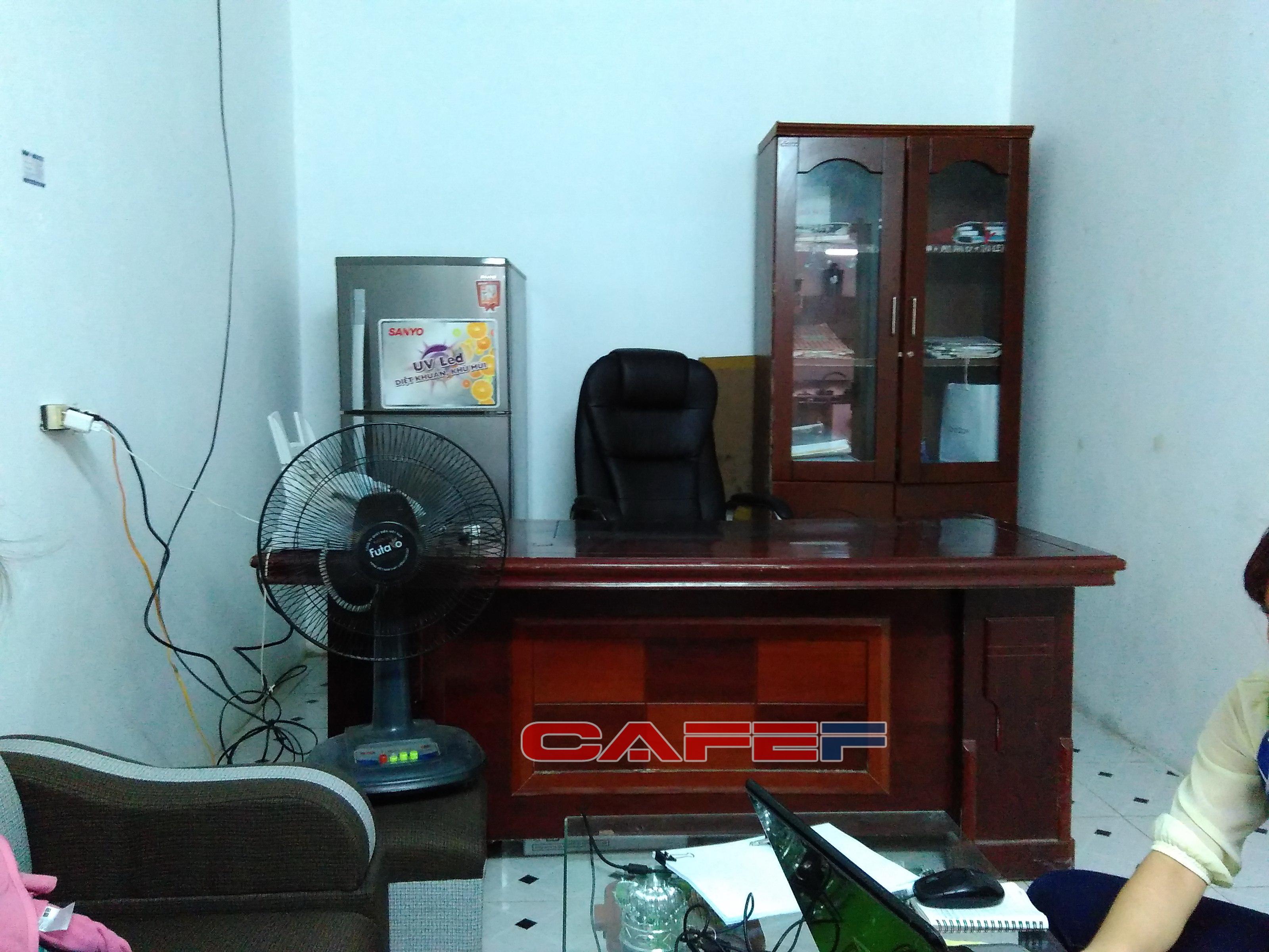 Văn phòng khá nhỏ, chỉ khoảng 10m2