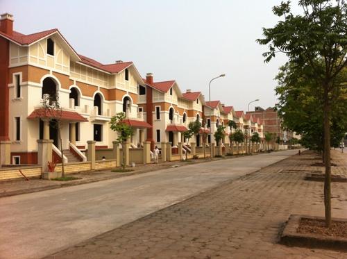 Soi hạ tầng loạt dự án chung cư giá rẻ dọc Đại lộ Thăng Long