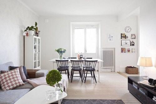 Màu trắng giúp tạo cảm giác rộng rãi cho căn nhà