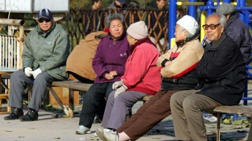 Nhiều người già không muốn rời thủ đô Bắc Kinh - Trung Quốc Ảnh: SCMP