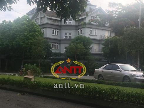 Căn biệt thự nơi ông Lục Minh Kim đang sống cùng con trai là ông Lục Minh Hoàn (Ảnh ANTT)