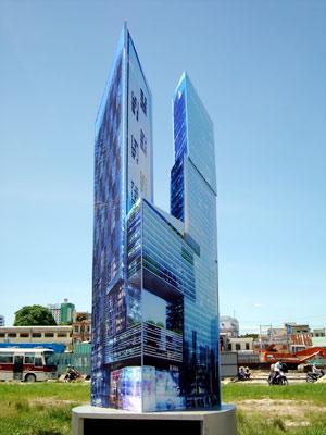 Dự án cao 48 tầng nổi và 3 tầng hầm, chiều cao từ mặt đất tới đỉnh mái là 220m được đánh giá là một trong những tòa tháp đôi cao nhất Miền Trung lúc bấy giờ.