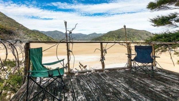 Các nhóm người Maori cho rằng bãi biển này đáng lẽ thuộc về họ - Ảnh: Realestate.co.nz
