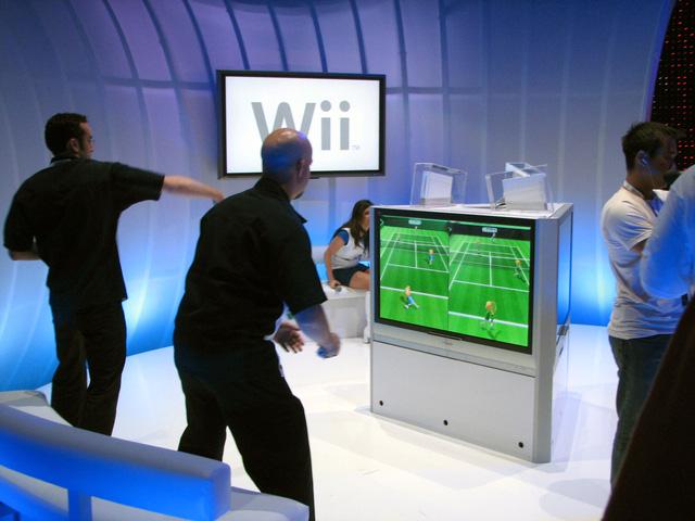 Hệ máy chơi game Wii mới lạ đã giúp Nintendo gặt hái nhiều thành công.