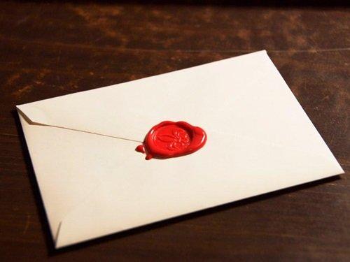 Khi cần cảm ơn, hãy gửi thiệp chứ đừng viết chúng trên facebook.