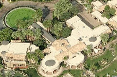 Bất động sản ở Rancho Mirage, California chỉ là một phần nhỏ trong bộ sưu tập của tỷ phú nổi tiếng.