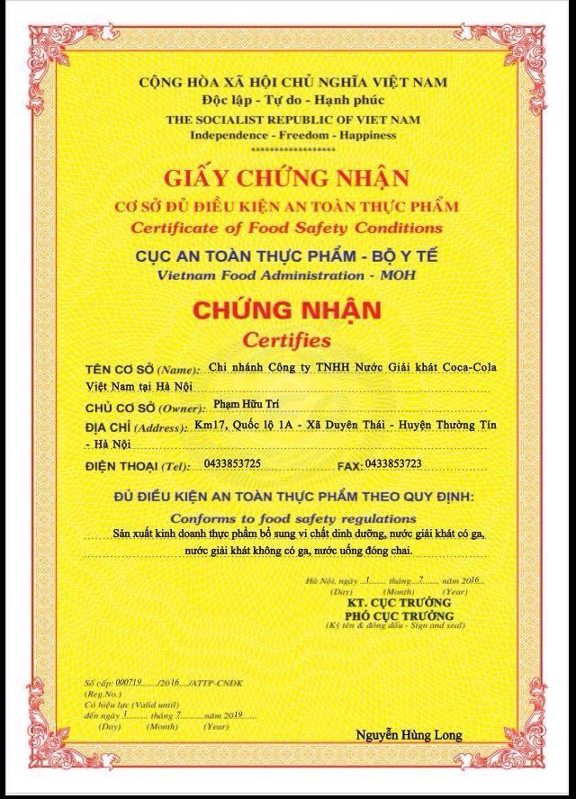 Giấy chứng nhận đủ điều kiện an toàn thực phẩm do Cục An toàn Thực phẩm cấp cho Coca Cola Việt Nam.