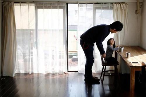 Nhà có ít đồ cũng rất hữu ích với điều kiện của Nhật, đất nước rất hay xảy ra động đất.