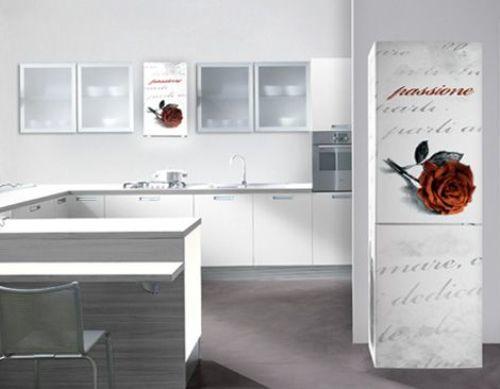 Không đơn thuần chỉ là dụng cụ giúp bạn lưu trữ thức ăn, tủ lạnh giờ đây đã trở thành công cụ làm đẹp rất hữu ích cho nhà bếp của bạn.
