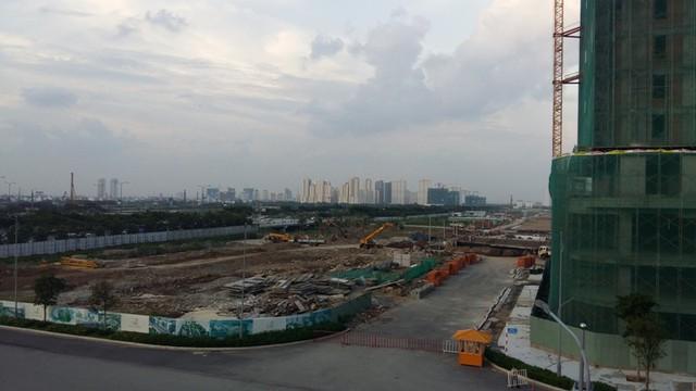 Một góc khu Đông nhìn từ khu đô thị Sala của công ty Đại Quang Minh.