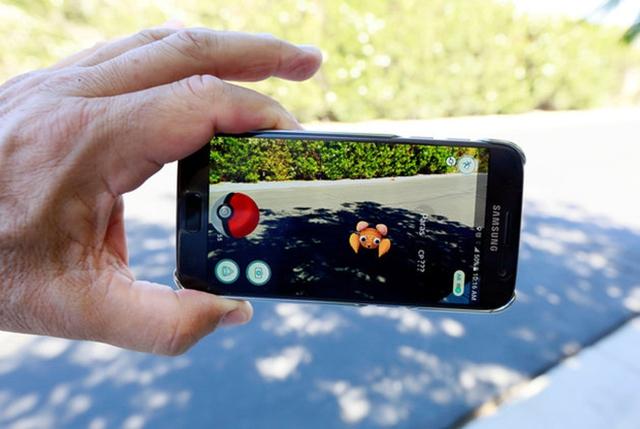 Pokémon Go chỉ vừa ra mắt được hơn 1 tuần lễ nhưng đã trở thành cơn sốt khắp thế giới.
