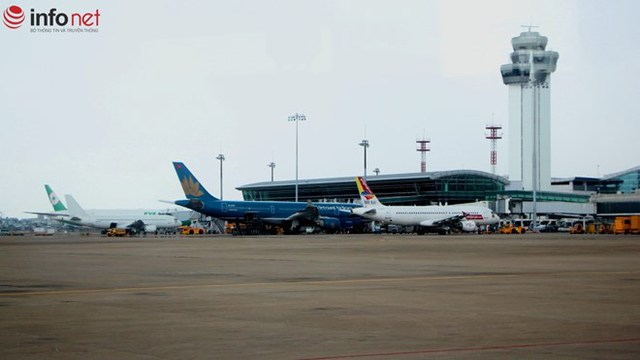Mộc góc sân bay Tân Sơn Nhất