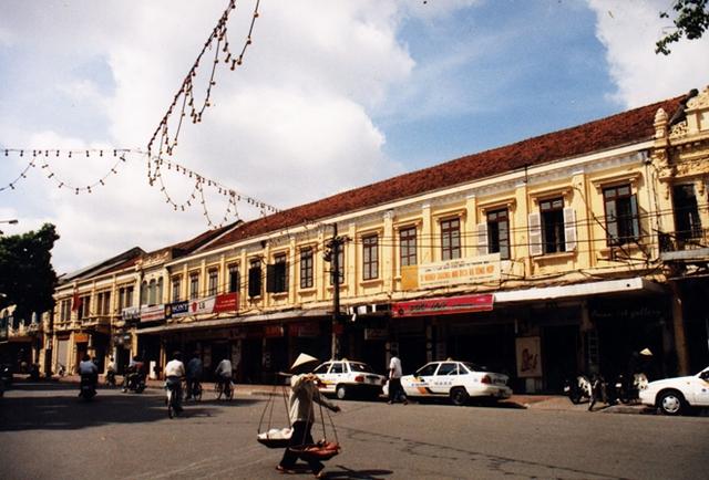 Phố Lê Thái Tổ đầu năm 2003