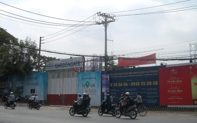 Dự án Garden Gate của Novaland đang mọc lên nhanh chóng tại đường Phổ Quang.