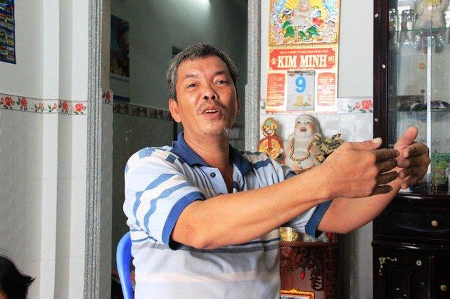 Con trai ông Bùi nghi ngờ anh Trần Minh Thắng – nhân viên tiệm vàng tráo tờ vé số.