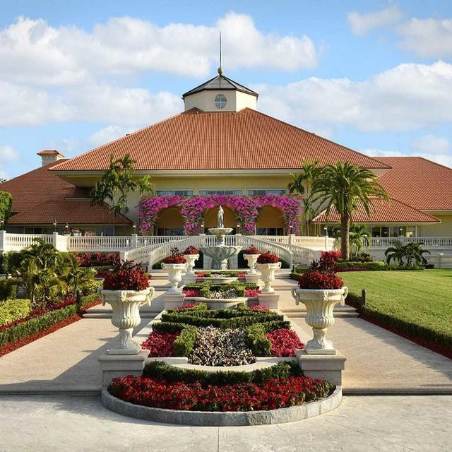 Khu resort Trump tại Miami.