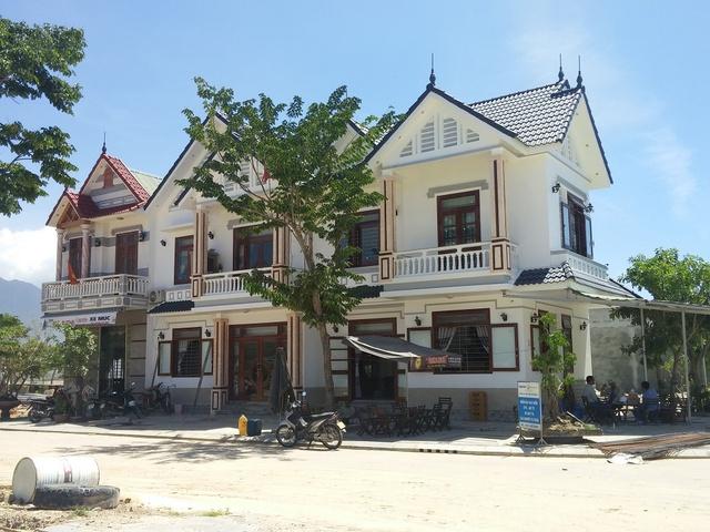 Giai đoạn đầu, các căn căn biệt thự đã có người dân chuyển về sinh sống.